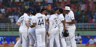Cricket - India v South Africa 1st Test Day 4